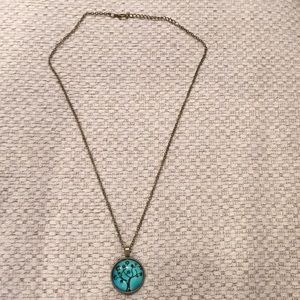Jewelry - Blue necklace